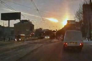 2]meteorite_Russia_2-15-2013